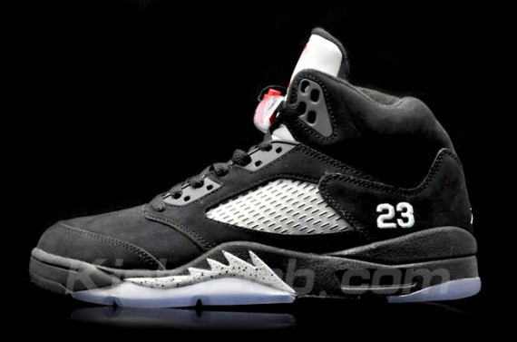 Air Jordan V: Black/Metallic Silver   Another Look