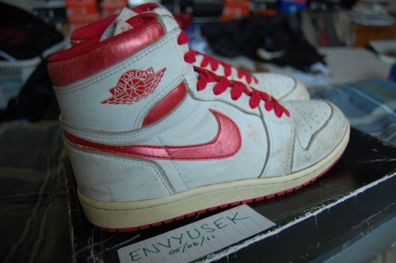 Air Jordan 1 Original: White   Metallic Red