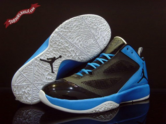 Air Jordan 2011 Quick Fuse: Black   Photo Blue