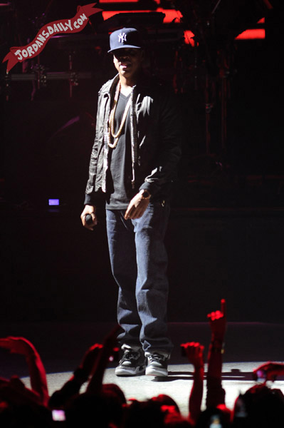 Jay Z Wearing Air Jordan III Black Cement @ Adult Swim Upfront 2011