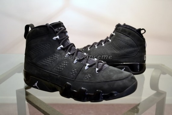 Air Jordan IX: Oregon Ducks PE