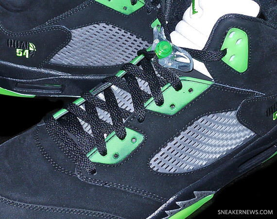 Air Jordan V: Black Quai 54   Detailed Images