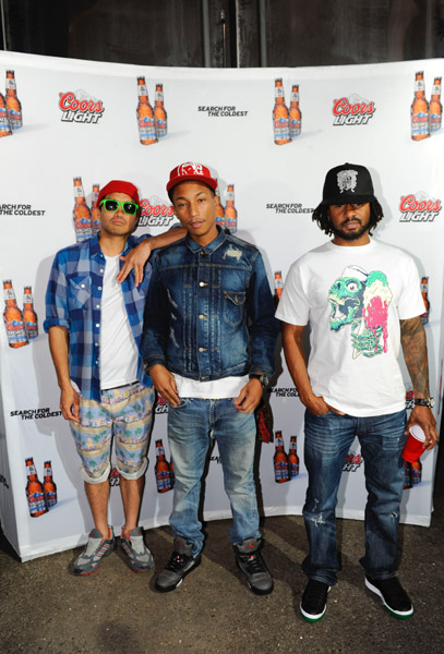 Pharrell Wears Air Jordan V Raging Bull 3M During Coors Light Concert