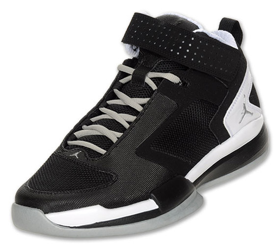 b00cbaf5650cdc The Jordan BCT Mid much like the Jordan Trunner 11 LX is Jordan Brand s  attempt at becoming a household name in the cross training market.
