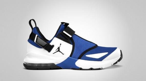 Jordan Trunner 11 LX: Varsity Royal   Black   White