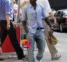R'n'B artist Ne-Yo picks up a lunchtime snack from Cafe Metro in New York