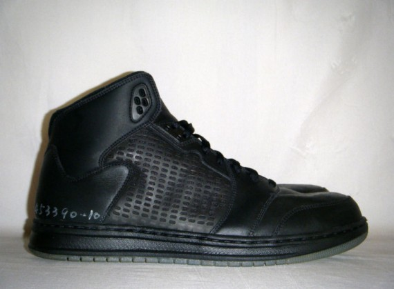 Air Jordan Prime 5: Blackout Wear Test Sample