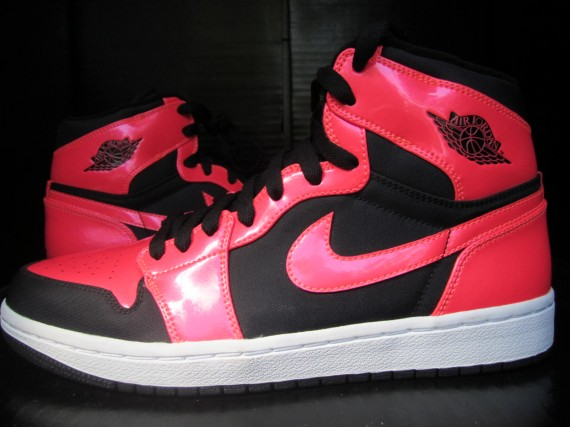 Air Jordan 1: Black Infrared Sample