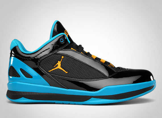 Jordan CP 2Quick: Black   Sunstone   Orion Blue