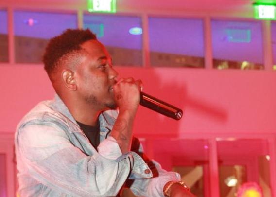 Kendrick Lamar Wears Air Jordan 1 Bred
