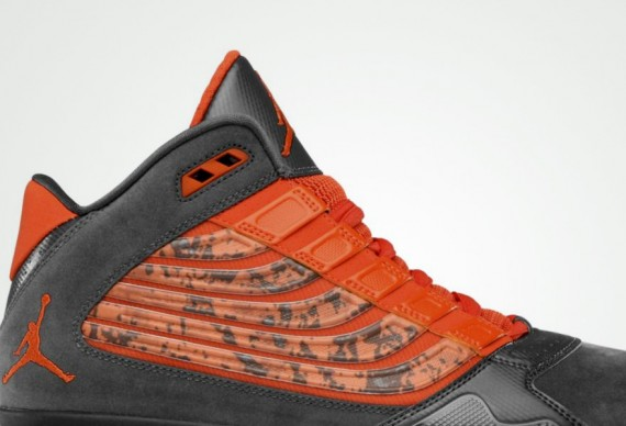 Jordan Big Ups: Anthracite   Team Orange | Available
