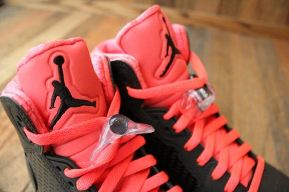 Jordan Prime 5: Black   Infared | Available