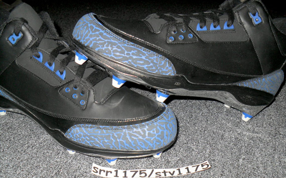 Air Jordan III: Dwight Freeney PE Cleat
