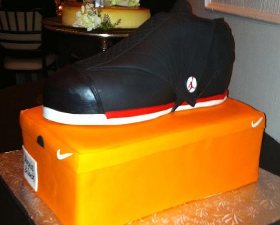 Air Jordan XVI: Sneaker Cake