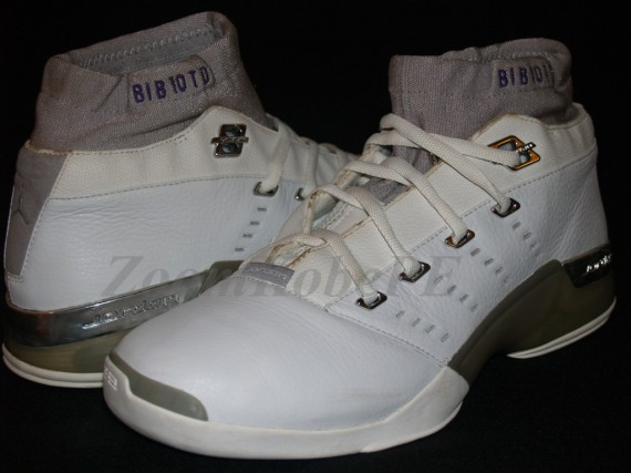Air Jordan XVII Mid: Mike Bibby Player Exclusive