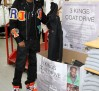 fabolous-wearing-jordan-spizike-knicks-03