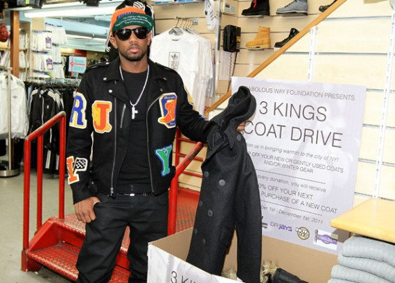 Fabolous Wears Jordan Spizike Knicks @ Coat Drive
