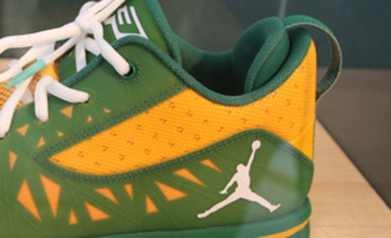 Jordan CP3.V: West Forsyth Player Exclusive