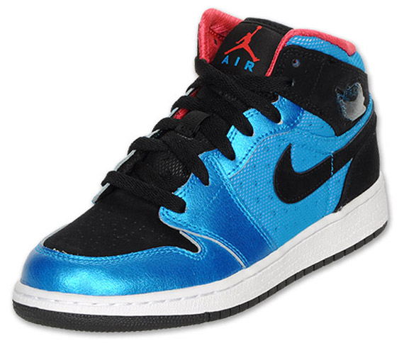 Air Jordan 1 GS: Neptune Blue   Black   Siren Red