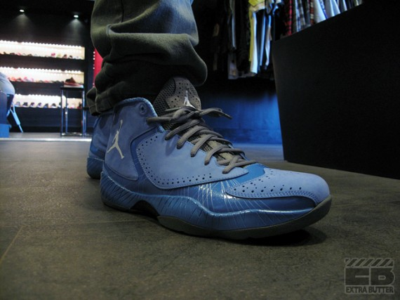 Air Jordan 2012: University Blue   Release Reminder
