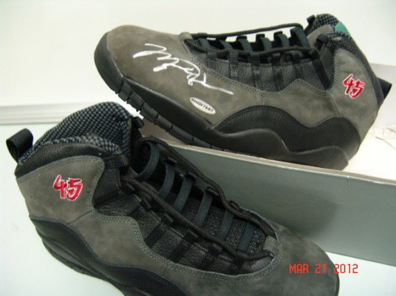 Air Jordan X: Original 45 Sample Autographed By Michael Jordan