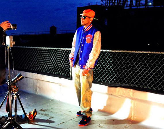 Fabolous in Air Jordan IV Cavs