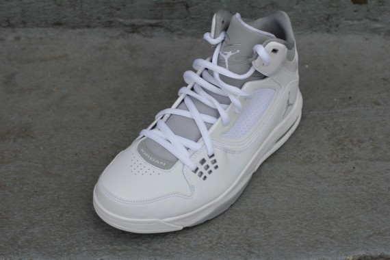 Jordan Flight 23 RST: White   Wolf Grey