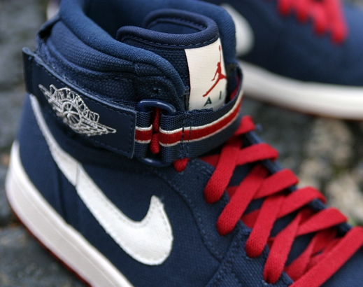 Air Jordan 1 High Strap: USA   New Photos