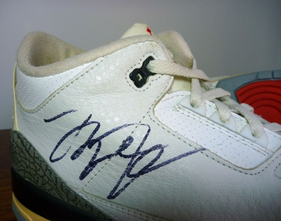 Air Jordan III: OG White/Cement Autographed Pair