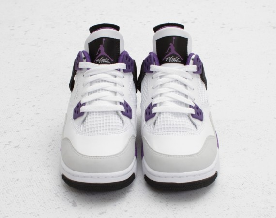 Air Jordan IV GS: Ultraviolet   Available
