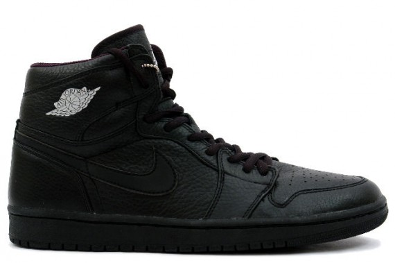 The Daily Jordan: Air Jordan 1   Black   Metallic Silver   2001