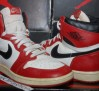 the-daily-jordan-air-jordan-1-og-white-black-red-1985-06