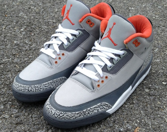 Air Jordan III: Pigeon Customs by Mache
