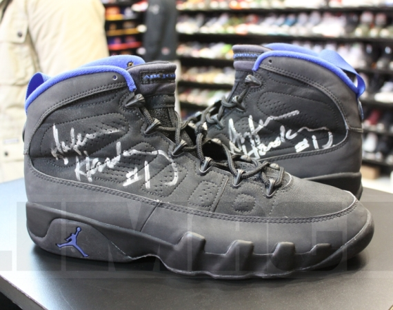 Air Jordan IX: Penny Hardaway Autographed Game Worn PE