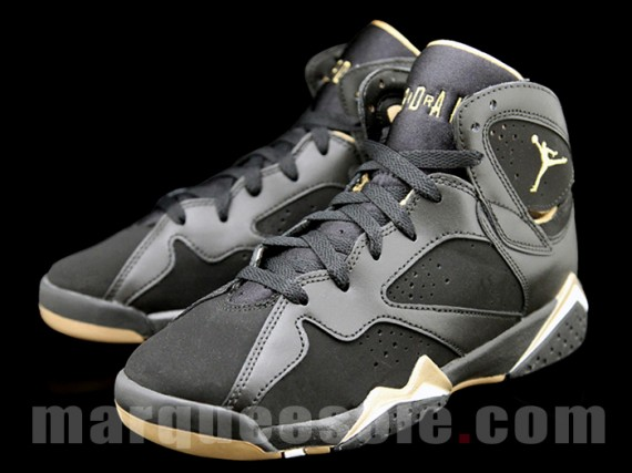 Air Jordan VII GS: Gold Medal