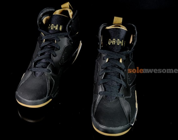 Air Jordan VII GS: Golden Moments