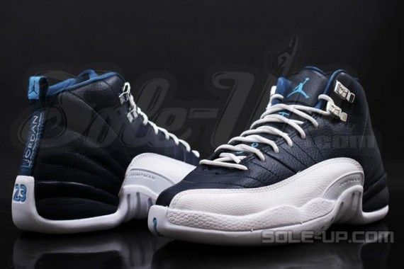 Air Jordan 12 GS: Obsidian   New Photos