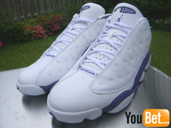 Air Jordan XIII Low: Mike Bibby Sacramento Kings PE