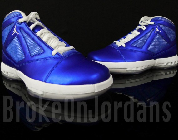 Air Jordan XVI: Metallic Blue/White Sample