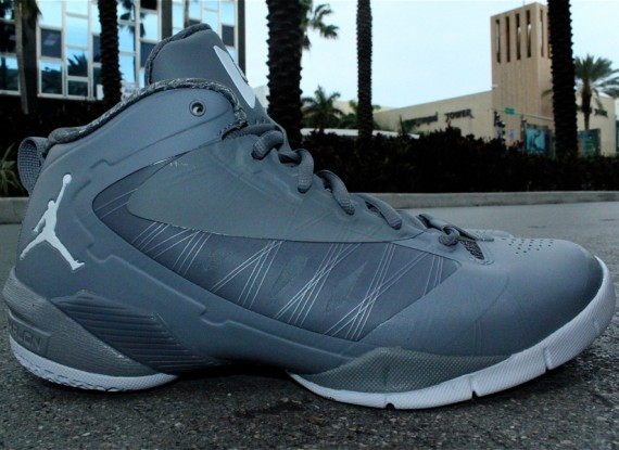 Jordan Fly Wade 2 EV: Cool Grey   New Photos