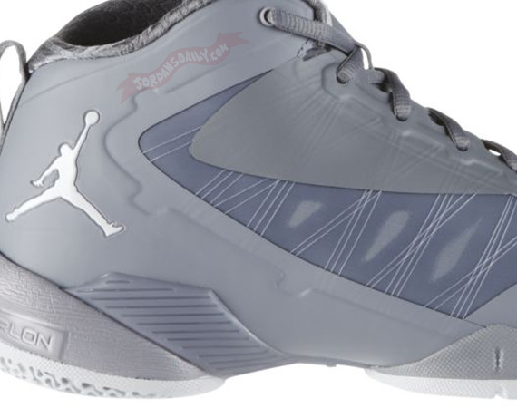 Jordan Fly Wade 2 EV: Cool Grey