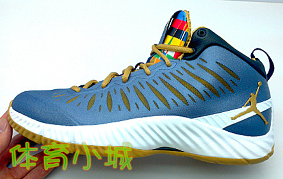 Jordan Super Fly: RTTG   Blue – Gold – White