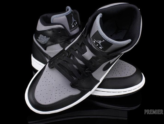 Air Jordan 1 Phat: Cool Grey   Black   White