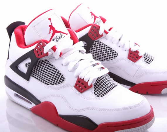 Air Jordan IV Retro: White – Varsity Red – Black