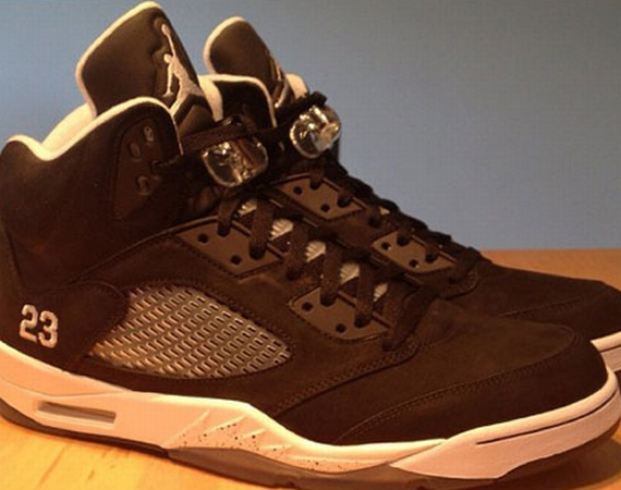 Air Jordan V: Black/White Sample