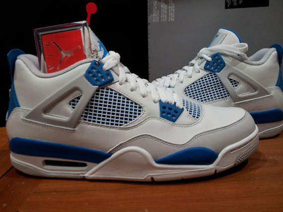 Air Jordan IV Military   Release Reminder