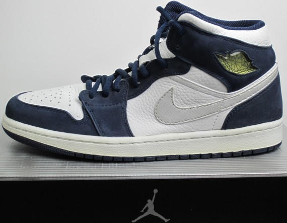 The Daily Jordan: Air Jordan 1   White   Midnight Navy   2001