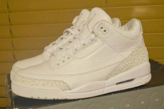 Air Jordan III: Pearlized Sample