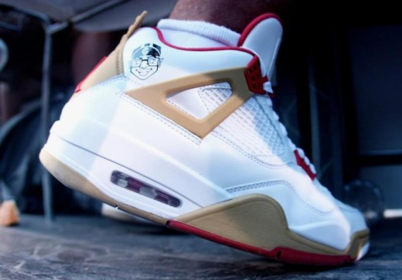 51097426c70dd3 You ve seen the Air Jordan IV with the Mars logo before