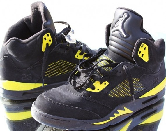 Air Jordan V: Thunder Customs by El Cappy